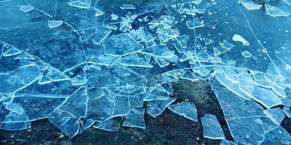 jää murtuu